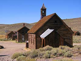 California hiking tour to Bodie State Park